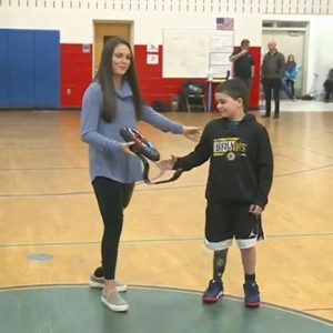 9-year-old boy gifted new prosthetic leg from local foundation
